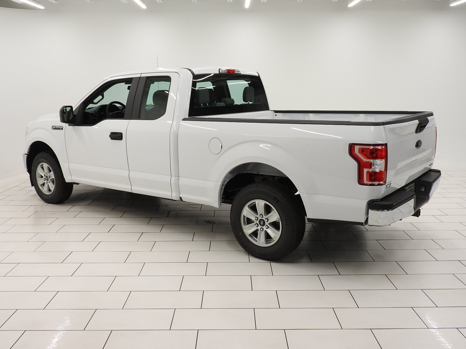New 2018 Ford F150 XL Extended Cab Pickup in Mishawaka JFB04358
