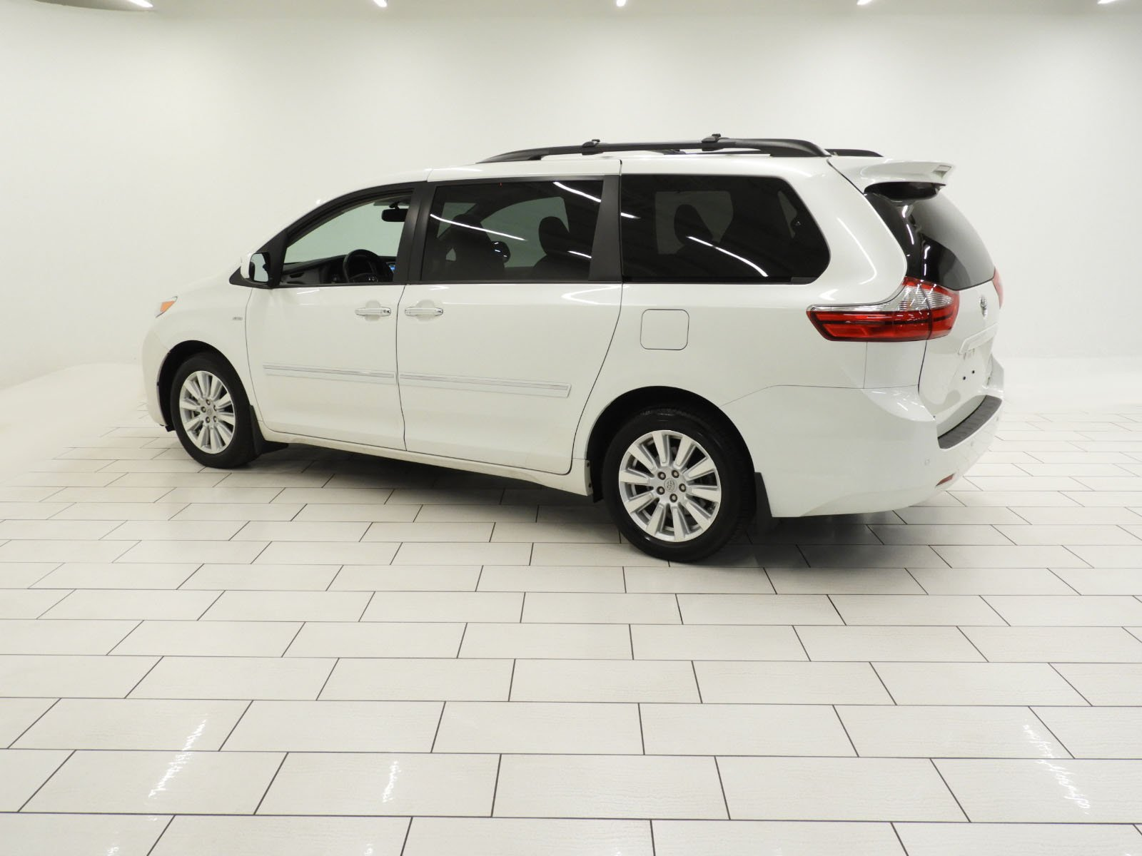 Toyota Sienna Service Manual: Power mirror control system (wo Memory)
