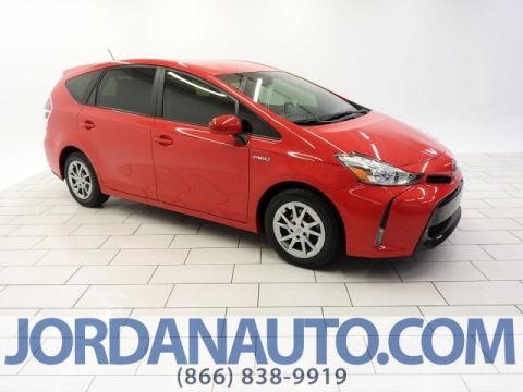Pre-Owned 2016 Toyota Prius v Three